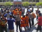 Ditahan di Polda Jatim, Ini Dia 22 Tersangka Pembunuhan Salim Kancil