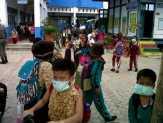Ratusan Siswa SD Pasirpengaraian Menangis Terkena Gas Air Mata