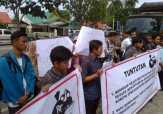 Mahasiswa Desak Penegak Hukum Usut Tuntas Dugaan Korupsi di DPRD Inhu