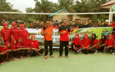 PT SAI Serahkan Bantuan Lapangan Volly dan Alat Olahraga Pada Desa Sangkir Indah