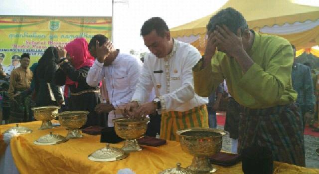 Jelang Ramadhan, Suparman Meriahkan Tradisi Potang Balimau di Ujungbatu dan Pasir Pengaraian