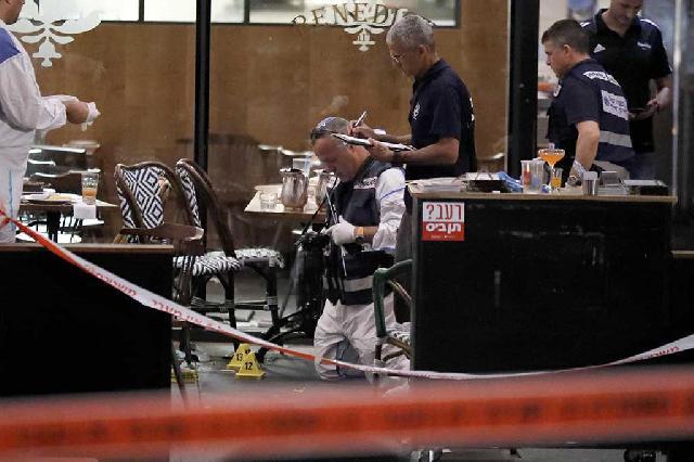 Penembakan di Restoran Israel, 4 Tewas