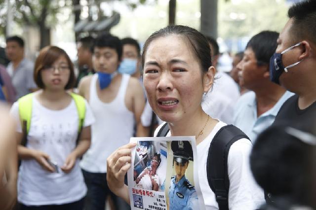 Keluarga Korban Ledakan Tianjin Tuntut Penjelasan Pemerintah