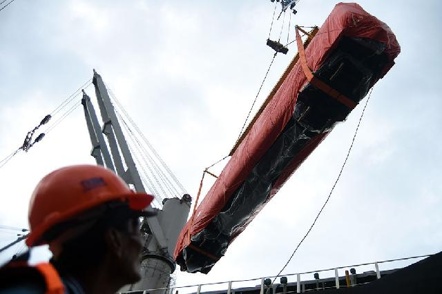 PT Inka Ekspor 15 Gerbong KA ke Bangladesh