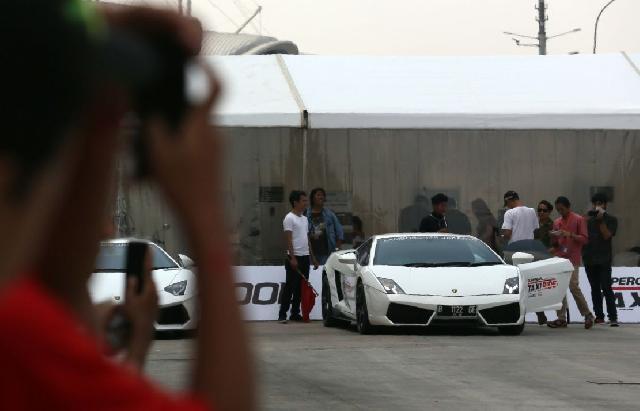 Gratis Naik 'Taxi' Lamborghini ke GIIAS 2015