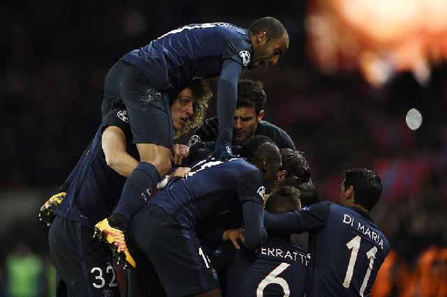 Cavani Bawa PSG Taklukkan Chelsea 2-1