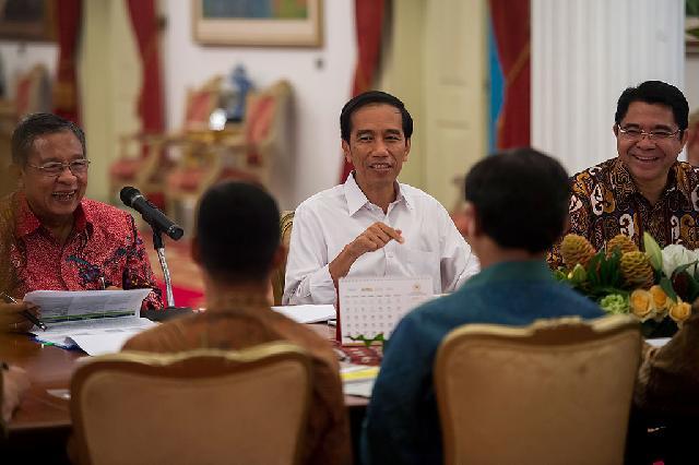 Presiden Umumkan Paket Kebijakan Ekonomi XII