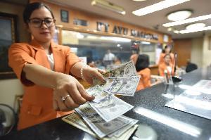 Pasca Trump Menang, Rupiah Melemah ke Rp13.127/USD