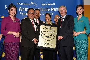 Garuda Indonesia Raih Penghargaan Maskapai Bintang Lima