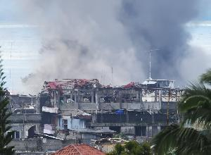 Marawi Masih Dibombardir